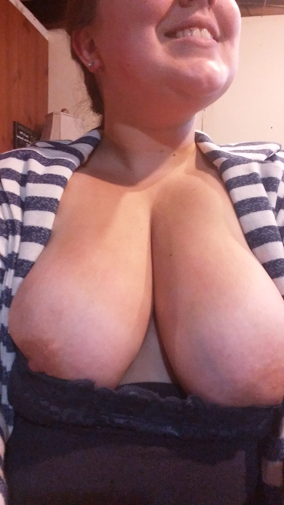 Nip-Slip Friday! [F/22/BBW]