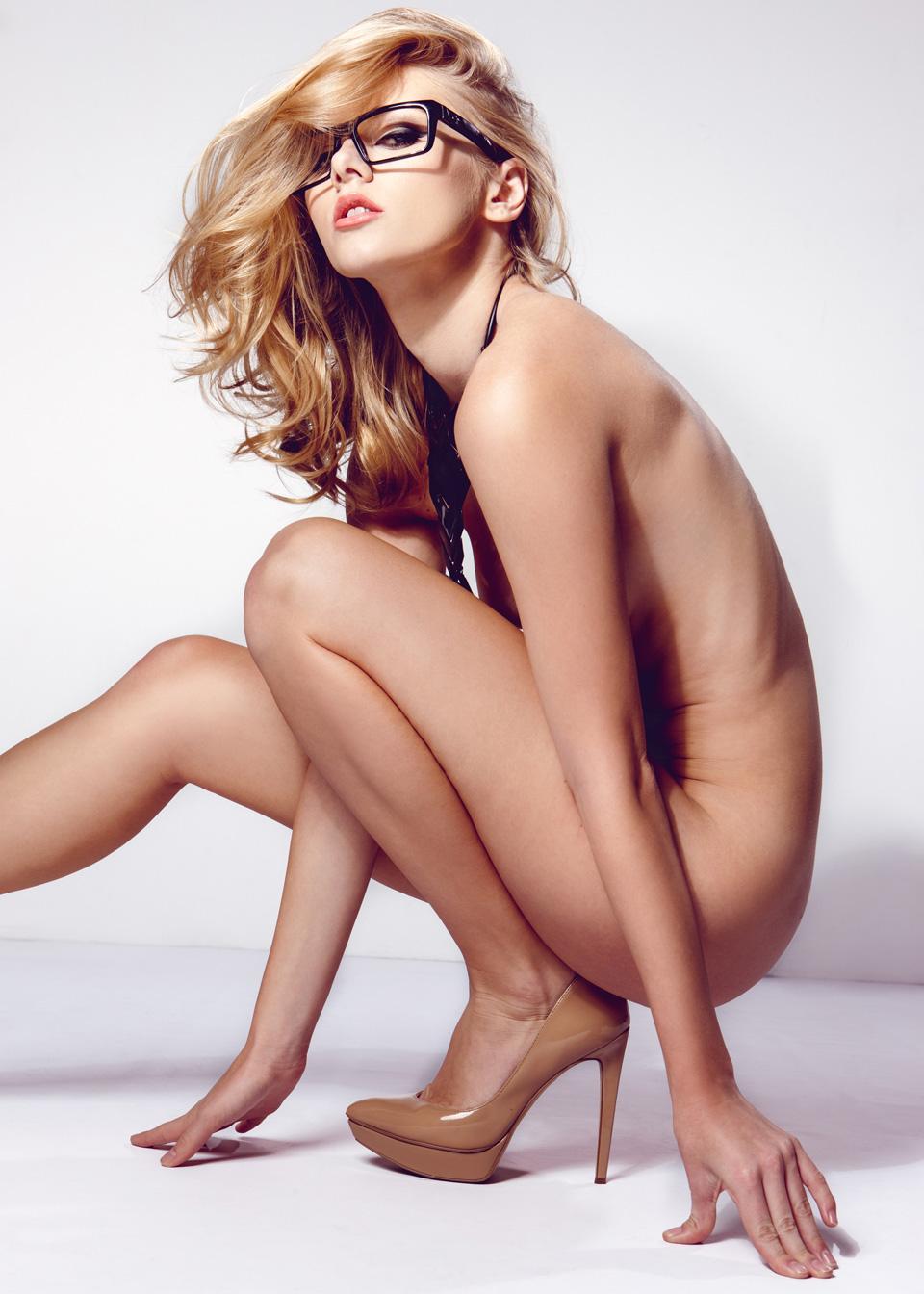 Nude pump