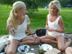 Picnic and panties in the park