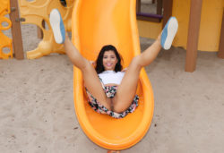 Pussy Flashing On The Children's Playground [IMG]