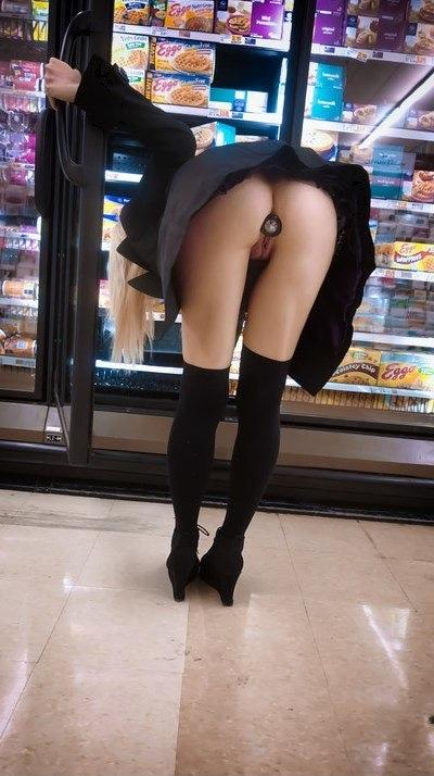 Showing off her plug in the grocery store.
