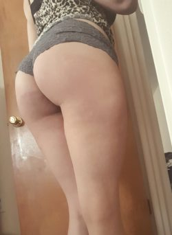 Since you wanted some booty action right a(f)ter I was bad I got a nice welt ????