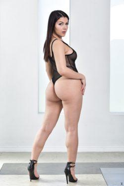Valentina Nappi. Italian hottie :)