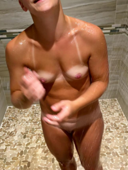 Young Wife !! (26yr) - Fresh Tan lines!! Tributes for more :)