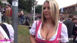 Aische Pervers at Oktoberfest