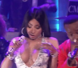 Nicki Minaj has some interesting plot on the tonight show (sorry for LQ and slow frames)