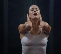 Sarah Armstrong wet tanktop plot on Episodes