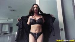 Diamond Foxx & Gina Valentina - Bad Influence