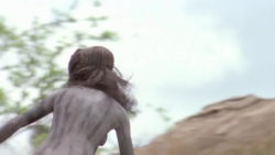 Rae Dawn Chong cavegirl plot in Quest for Fire (1981)