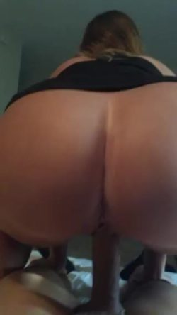 Pawg does squats on guys dick