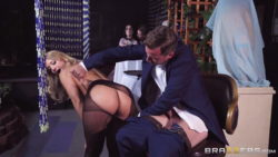 Candice Dare - Giving Her A Big Tip
