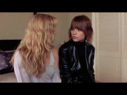 Amy Adams kissing Lauren German in Standing Still