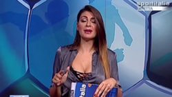 Jolanda De Rienzo Italian TV cleavage ZOOM!