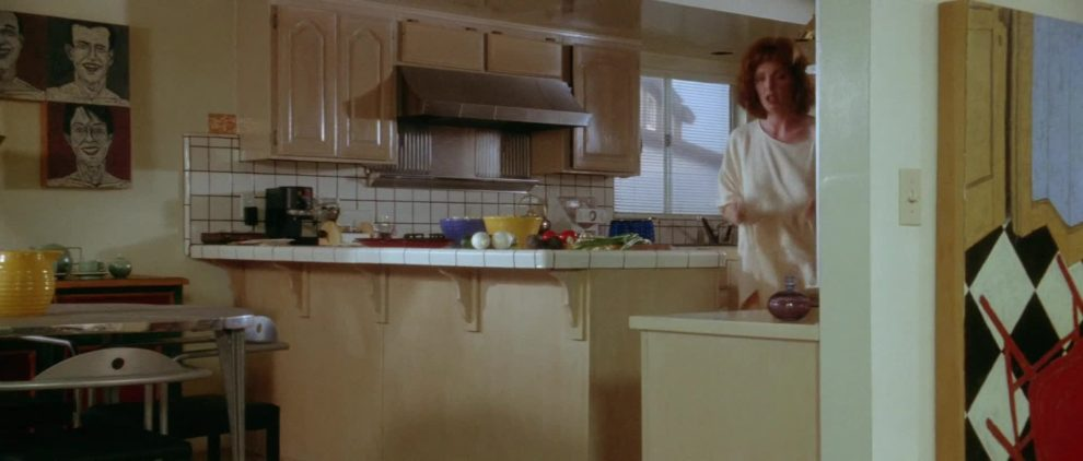 Julianne Moore ginger plot in Short Cuts (1993)