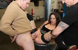 Ass fucking escort in the garage