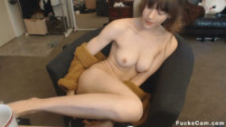 Private Live Camgirl Strokes Her Pussy