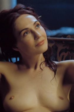 Carice van Houten in the bath in Game of Thrones (CROPPED FOR MOBILE