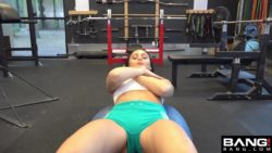 Ariana Marie - Gets Her Pussy Worked Out At The Gym