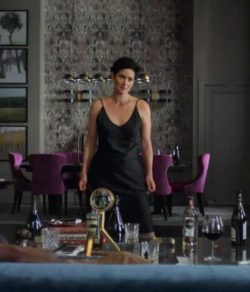 Carrie-Anne Moss in 'Jessica Jones S02E02'