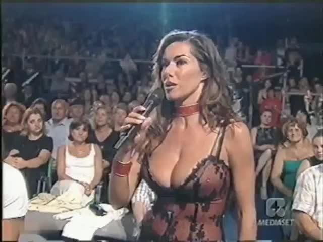 Emanuela Folliero Italian TV Large cleavage