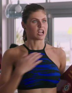 Alexandra Daddario Jiggles plot in Baywatch