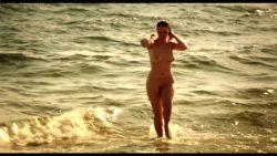 Lola Naymark has an amazing body