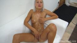 Stunning shy beginner let stranger to therapeutic massage her frame