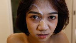 18yo sweet Thai ladyboy gets a face-full of cum from BWC