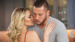 Mia Malkova Shares The Impressive Hookup This babe Has with Danny Mountain