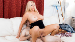 Tommy Pistol bangs the buxom golden-haired Karen Fisher like a expert