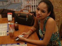 Web courting ends up in steamy resort intercourse with tipsy Filipina Vanessa
